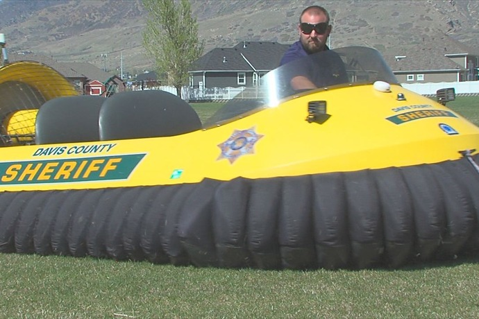 Davis County Sheriff's Office shows off hovercraft_-7538637332621802836