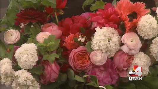 Artisan Bloom flowers_-1434939244124749129