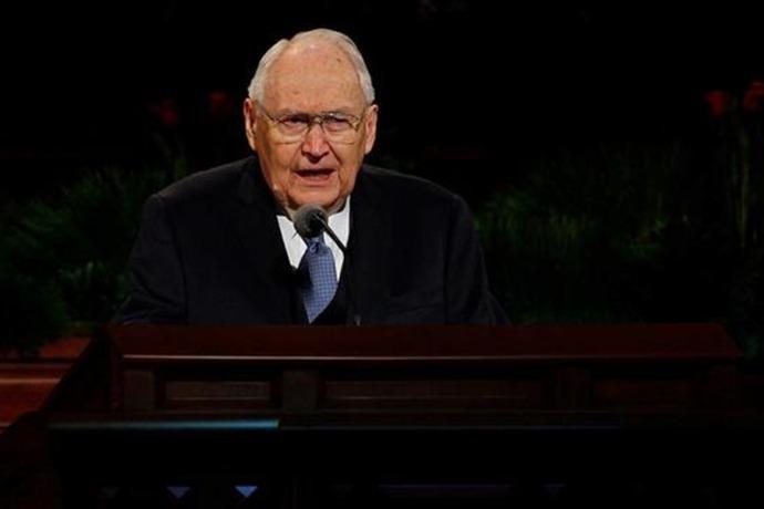 Elder L. Tom Perry_-1484545844208515051
