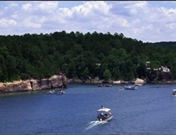 Greers Ferry Lake _-4299571265631137942