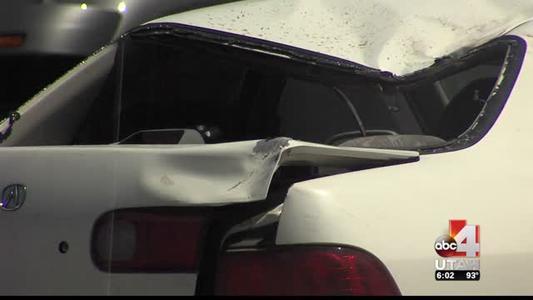 crash on I-80 leaves passenger dead; driver escapes with min_1922319126573304380