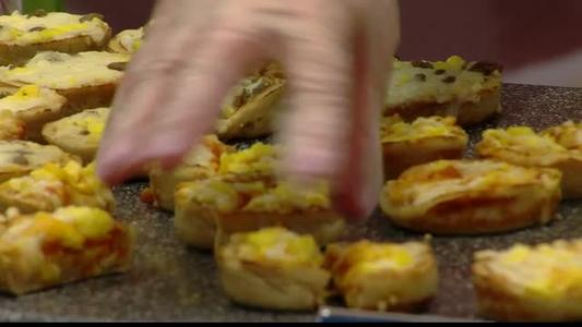 School lunch directors commit to improved recipes_-3589891627038457292