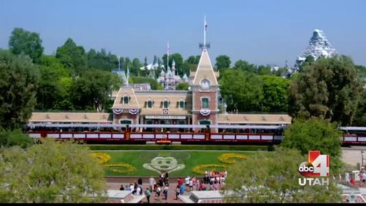 Disneyland glass slipper_6786978535970720054