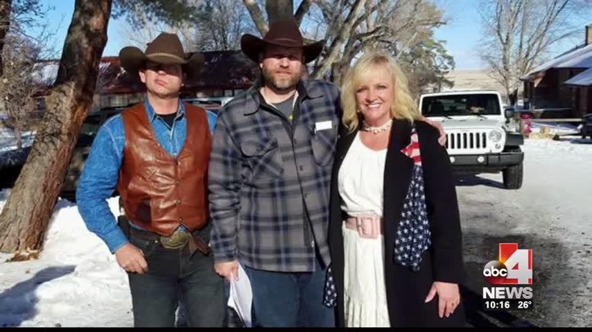 Utah woman reacts to Oregon militia standoff_20160128235523