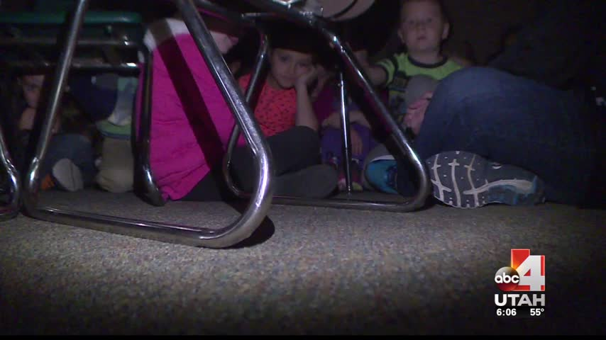 800 students involved in armed intruder evacuation drill_20160303014504
