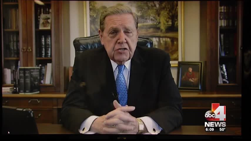 LDS apostle offers love to early return missionaries_90106009-159532
