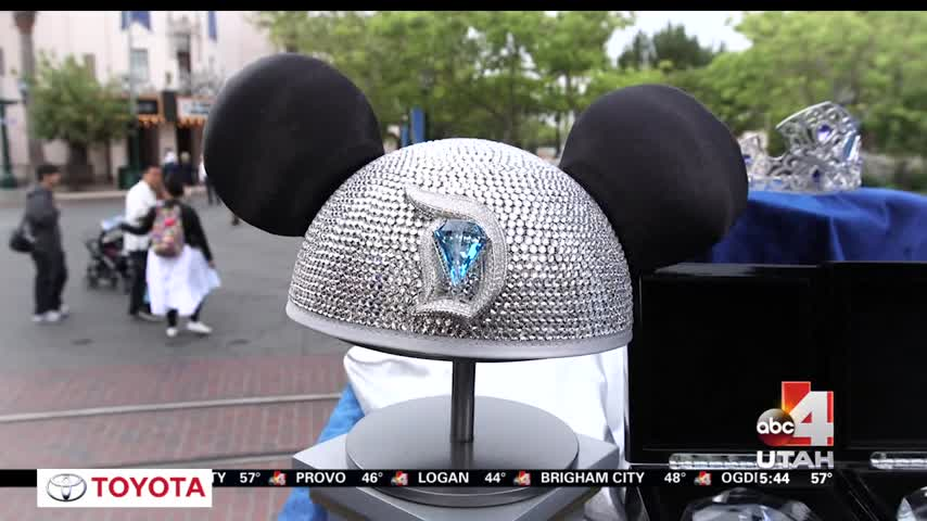 How You Can Win a Stay in a Private Disneyland Suite_20160601130504