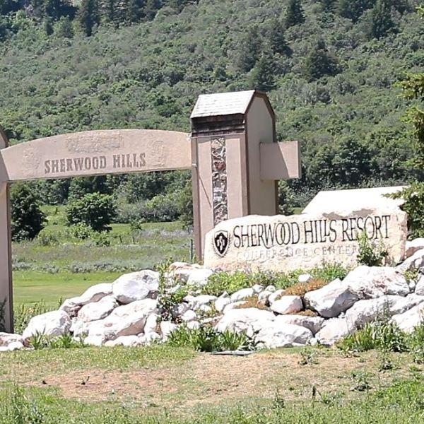sherwoodhills2_1466717675422.JPG