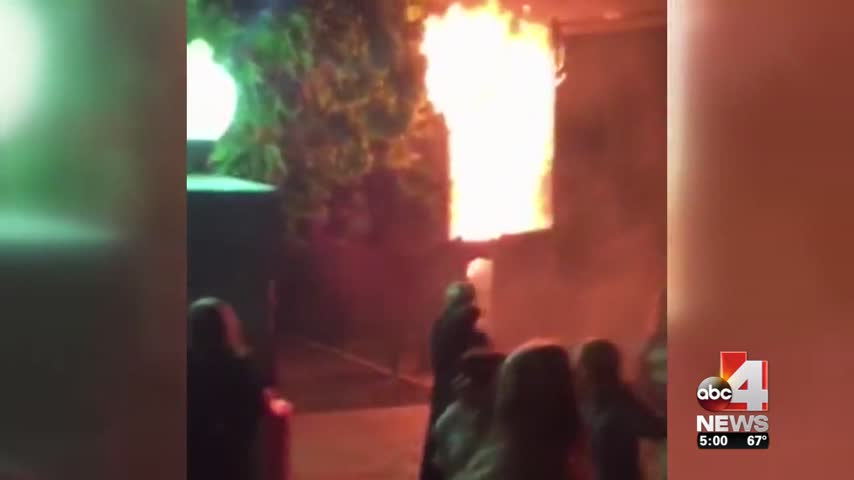Fire at Lagoon Haunted House_10487532-159532
