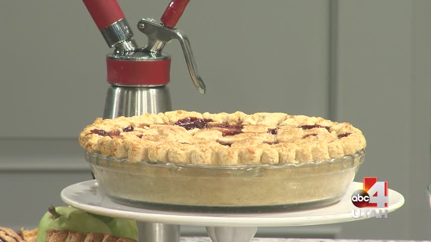 Red Wine Pear Pie
