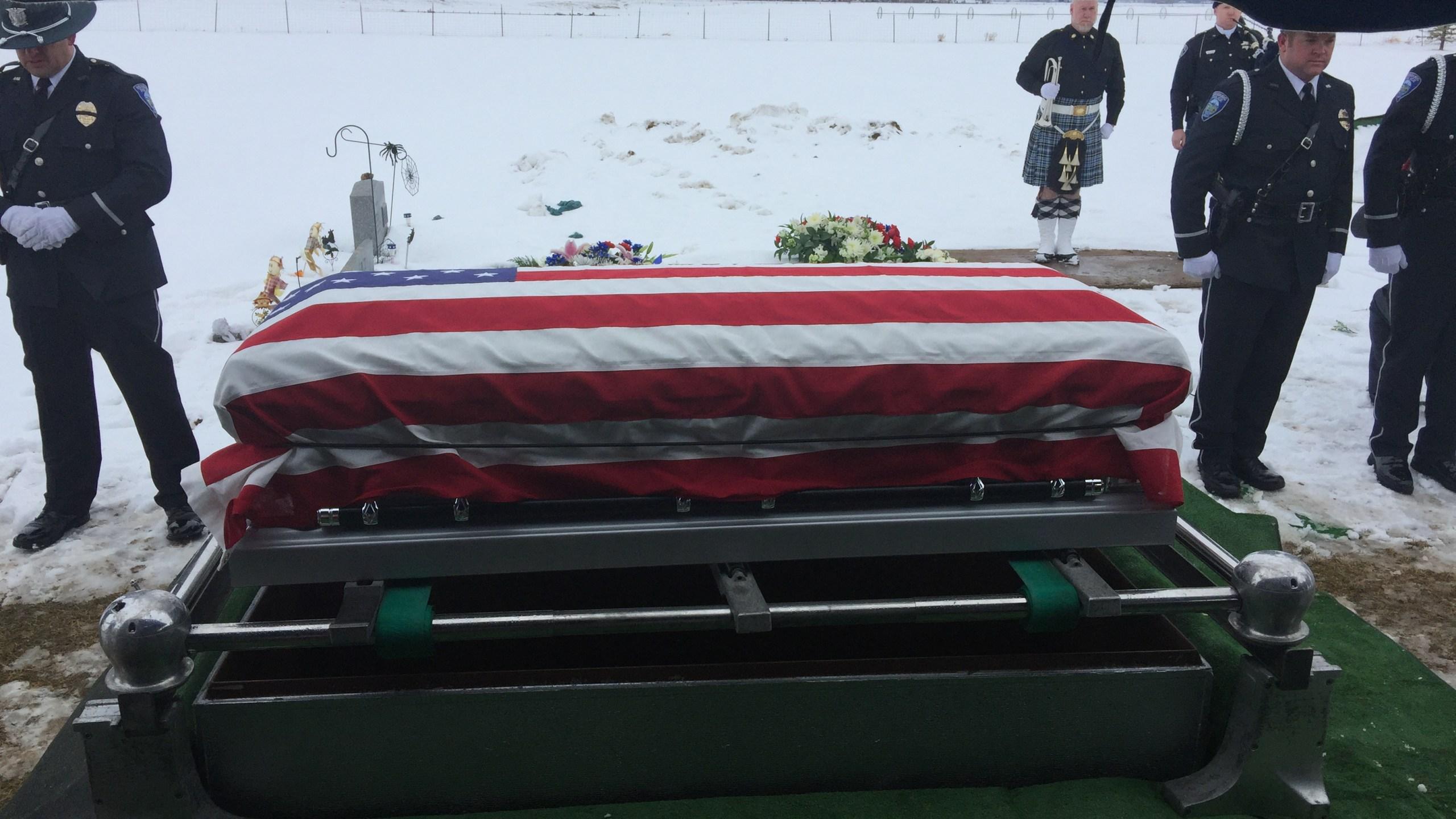 Funeral 5 (6)_1481502329293.JPG
