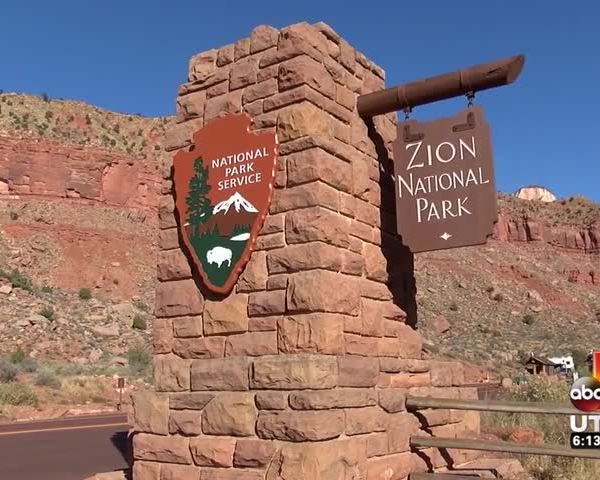 Iconic Zion National Park Monument On The Move_85413952-159532