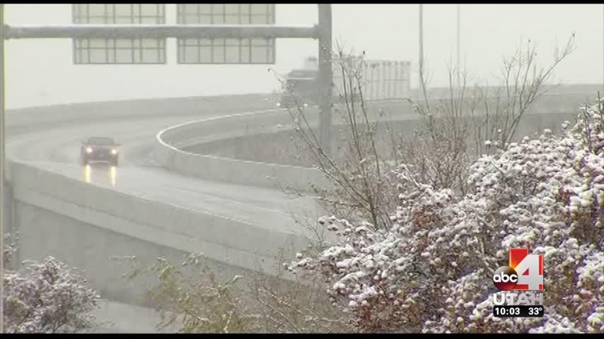 Snow 10pm pkg_10443982-159532