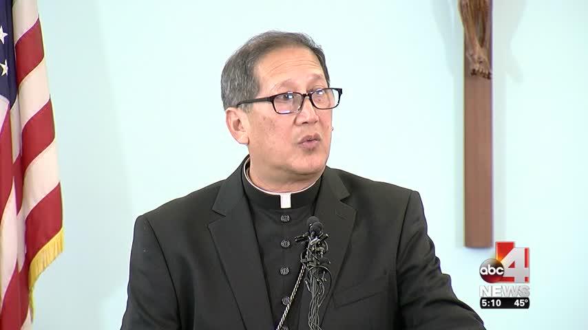 Bishop Oscar Solis introduced to Utahns_37286722