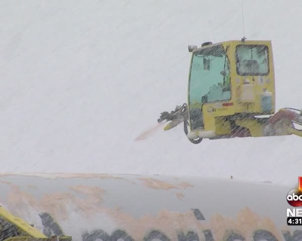 Here's why crews power spray planes before take off