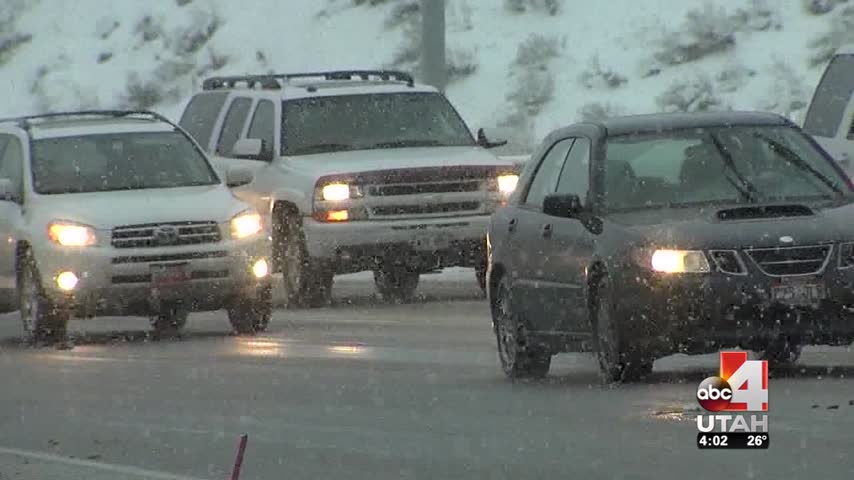 More Snow- Dangerous Roads Expected in Coming Days_95121109