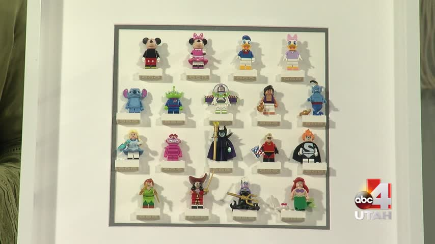 Minifig Picture Frame