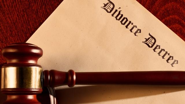 Divorce decree_914484445273376-159532