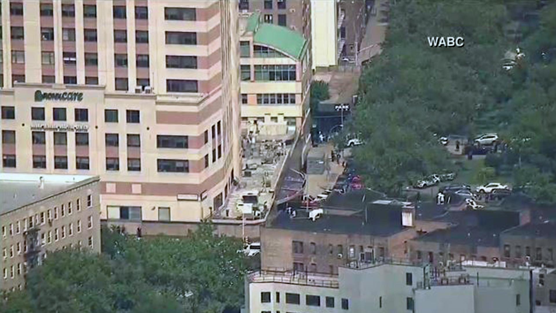 Bronx-Lebanon Hospital shots fired exterior-159532.JPG28377145