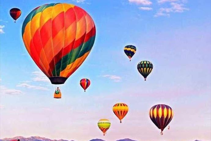 hot air balloon_6571087902998217303