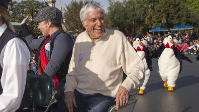 Dick-Van-Dyke-90th-birthday-jpg_20151214093400-159532