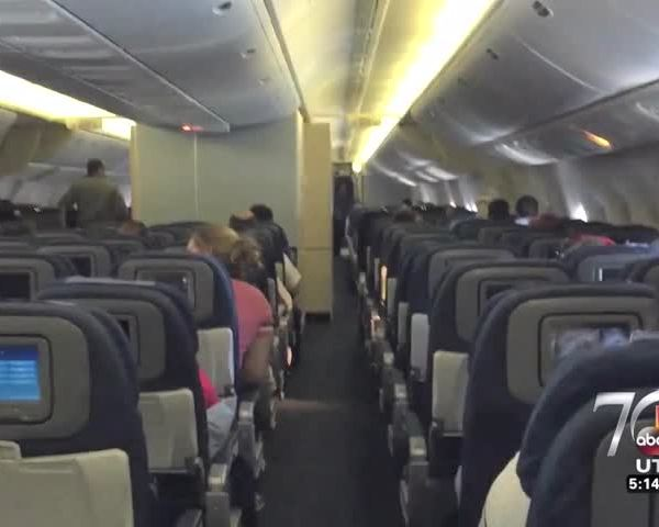 Delta flight crew saves woman from anaphylactic shockPACKAGE