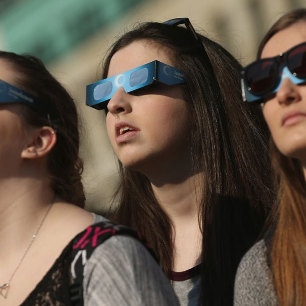 Eclipse glasses-159532.jpg41108167
