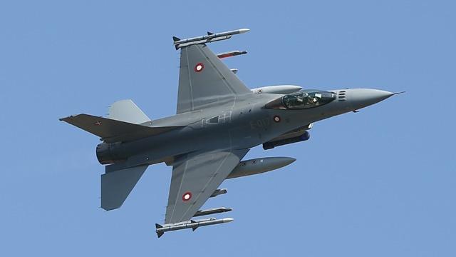 F-16 fighter plane_3319607819737926-159532