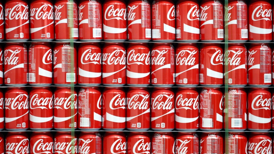 Lots of Coca-Cola Coke cans-159532.jpg29454255
