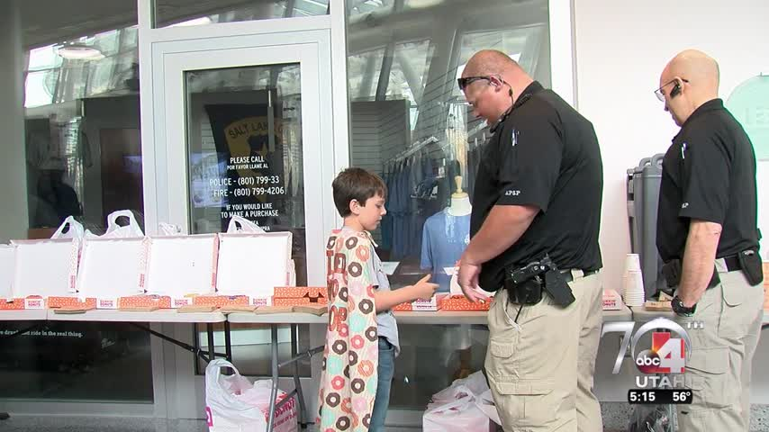 """Donut Boy"" greets officers in Utah"