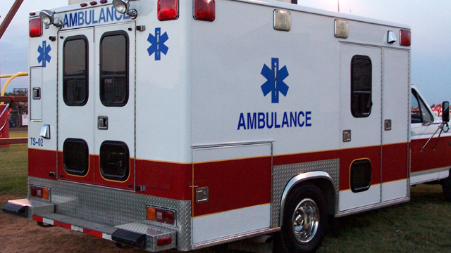 Ambulance generic red and white_20478737_ver1.0_640_360_1506972941943.jpg