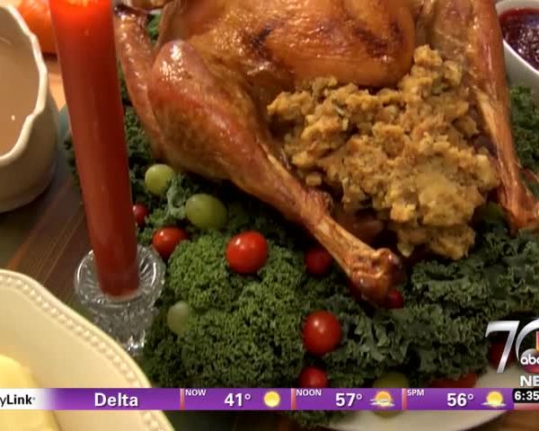 Healthy eating tips Thanksgiving_07888704