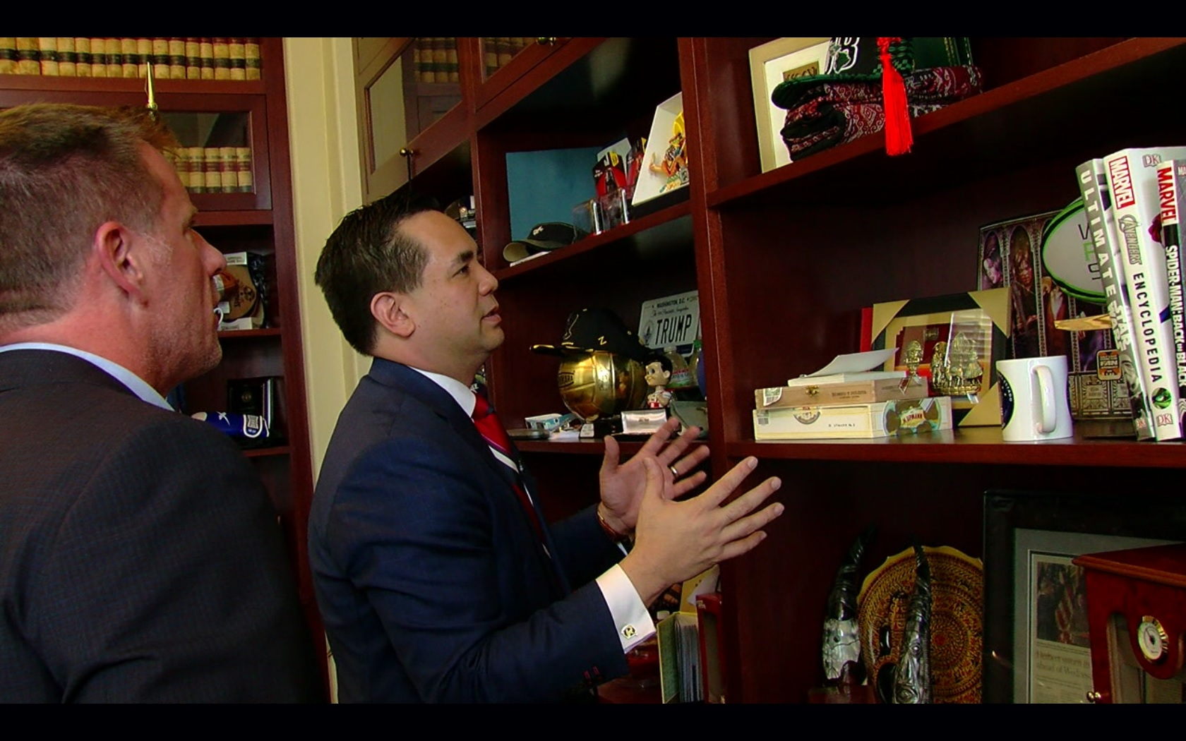 Attorney General Sean Reyes talking to News4Utah's Don Hudson_1518233741277.jpg.jpg