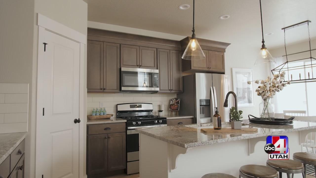 New edge homes community in Lehi