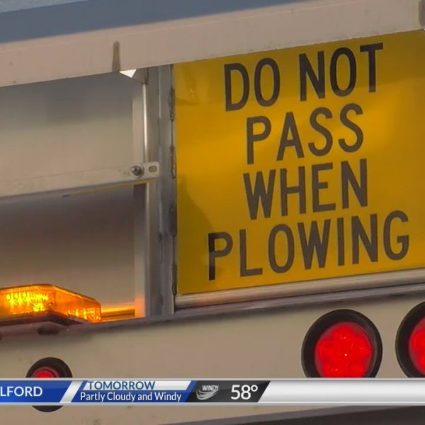 UDOT_reminds_drivers_to_give_snowplows_t_0_20180303004957