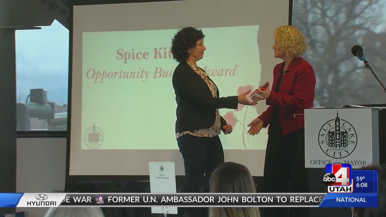 Woman_recognized_at_SLC_leadership_lunch_0_20180324014642