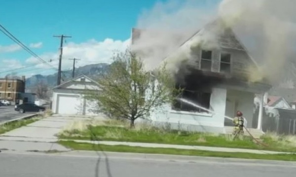 Fire_damages_vacant_home_in_Brigham_City_0_20180410034158