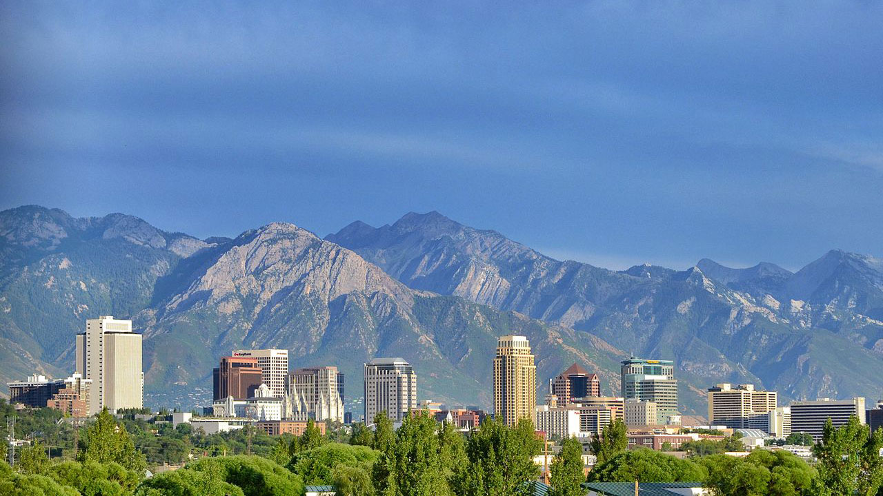 Salt Lake City, Utah skyline82865644-159532