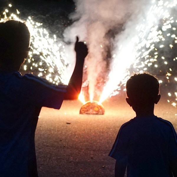 kids_and_fireworks_.jpg