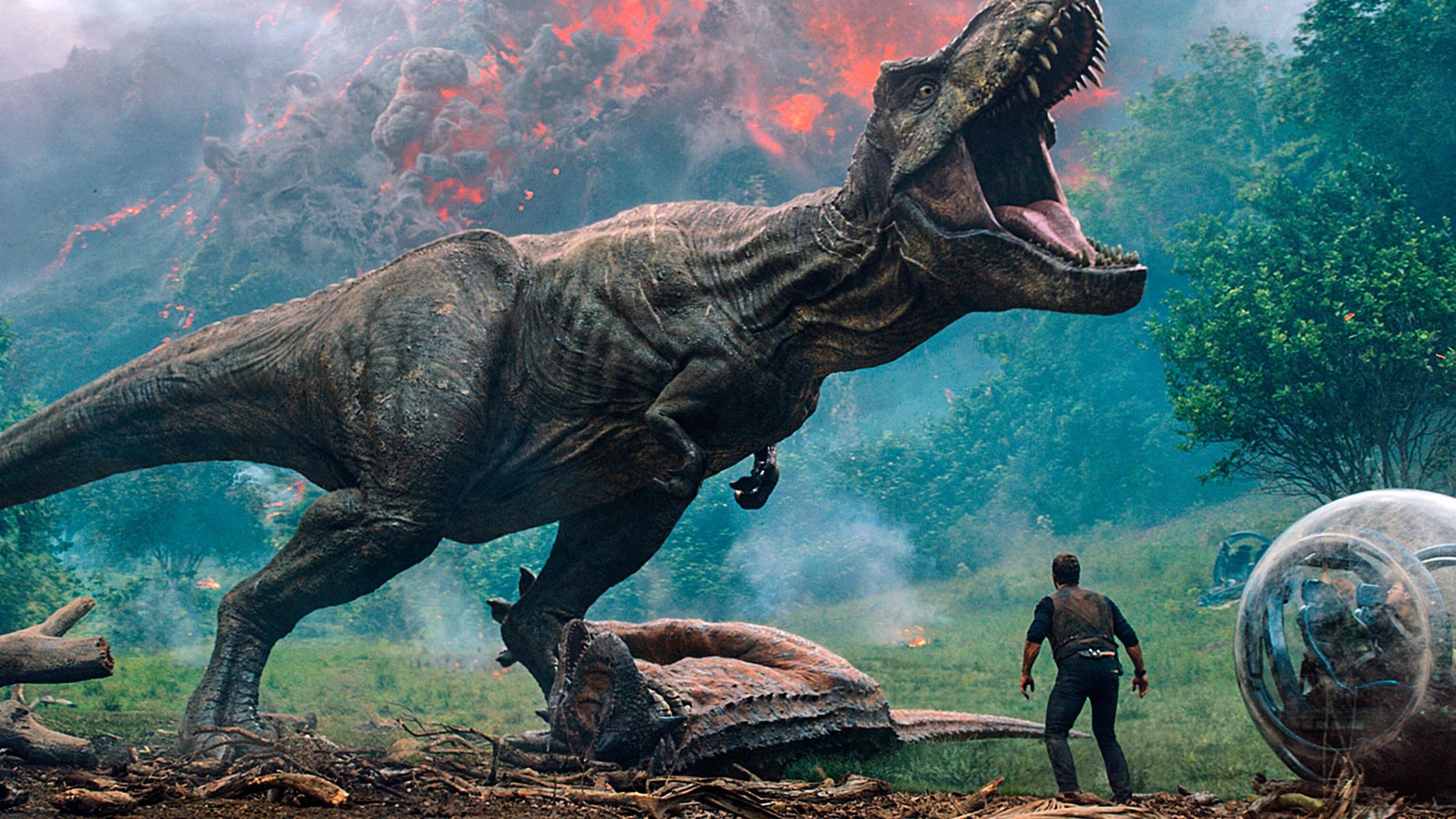 Jurassic_World-Volcano_Reaction_05740-159532.jpg48763901