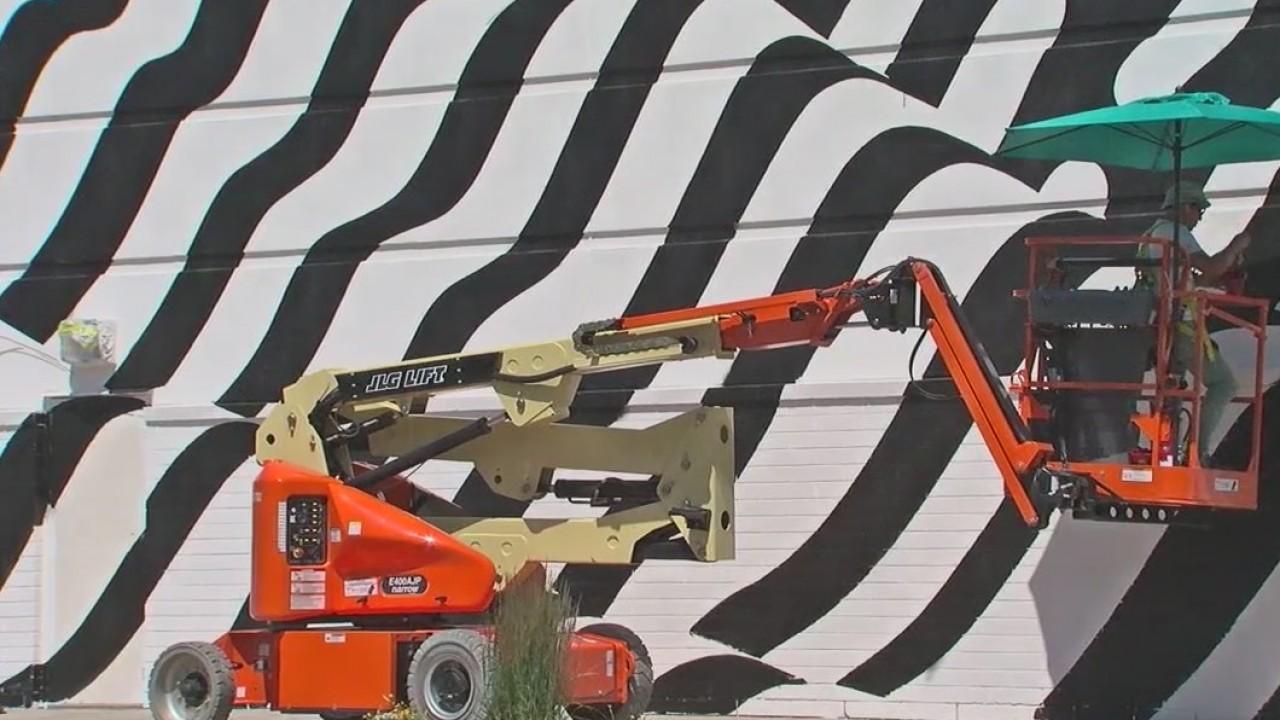 Murals_transform_exterior_of_Sandy_mall_0_20180615052735