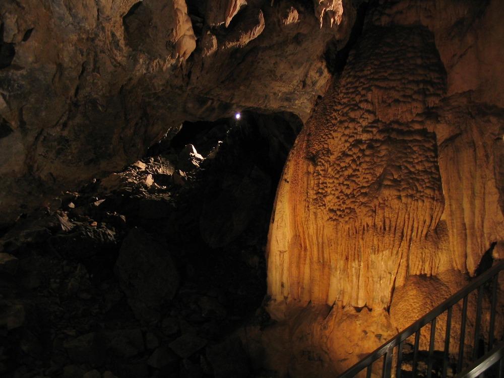 timpanogos_cave.jpg