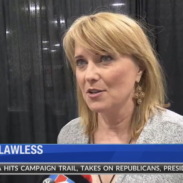 Lucy_Lawless_at_FanX18_0_20180908043906