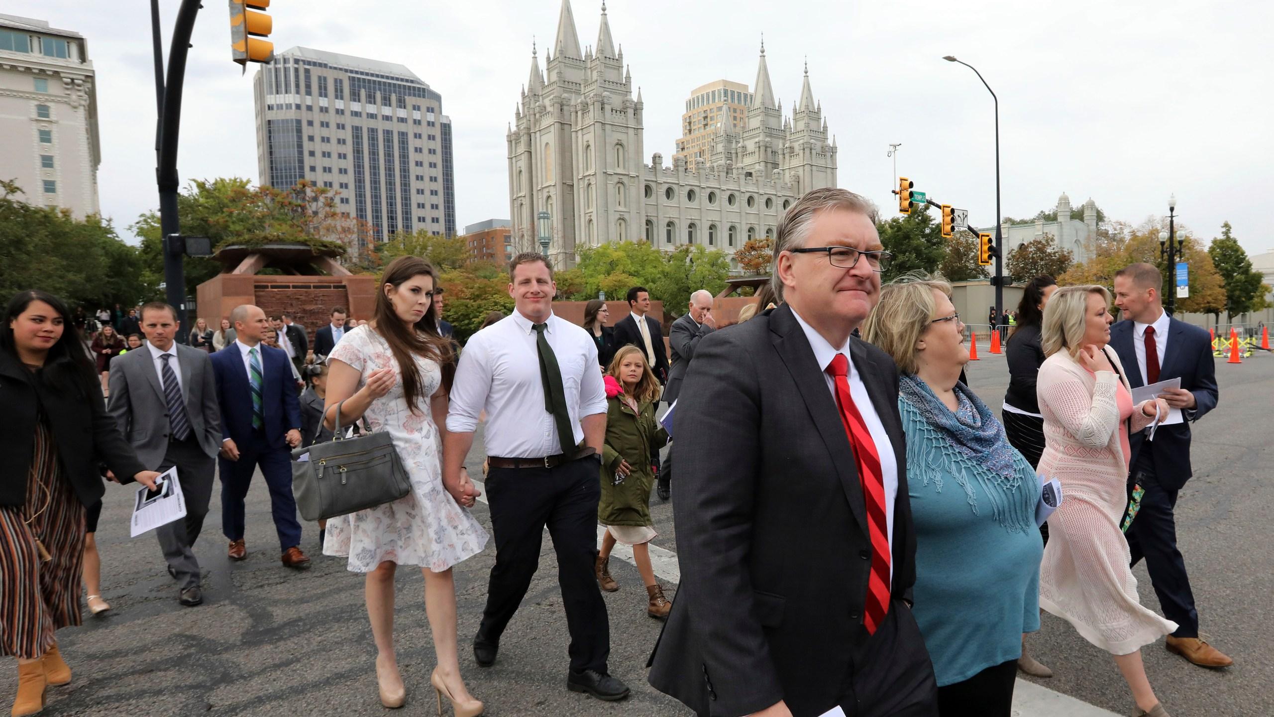 Mormon_Conference_47068-159532.jpg75826065