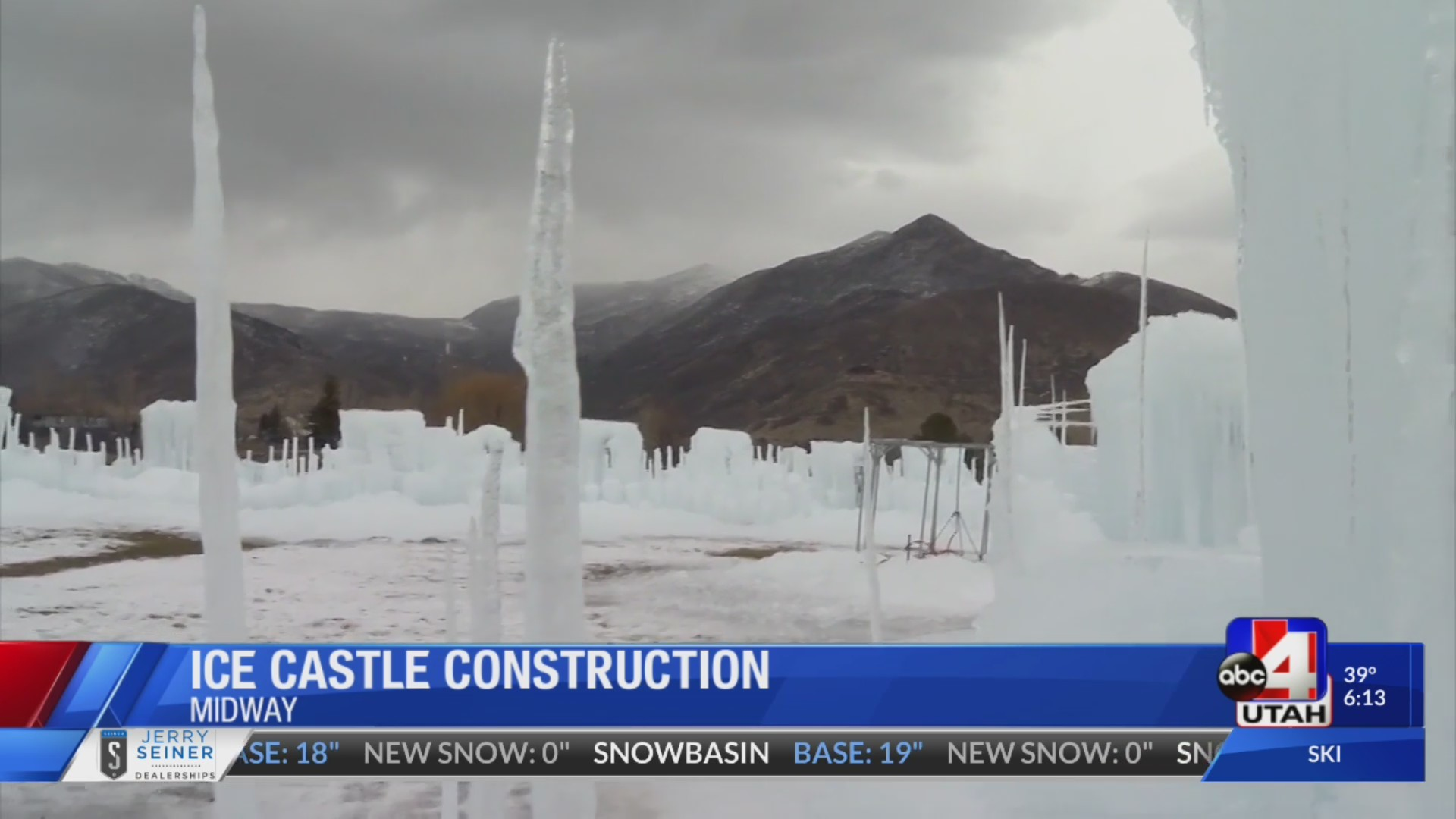 Ice_Castle_construction_underway_in_Midw_0_20181129024728