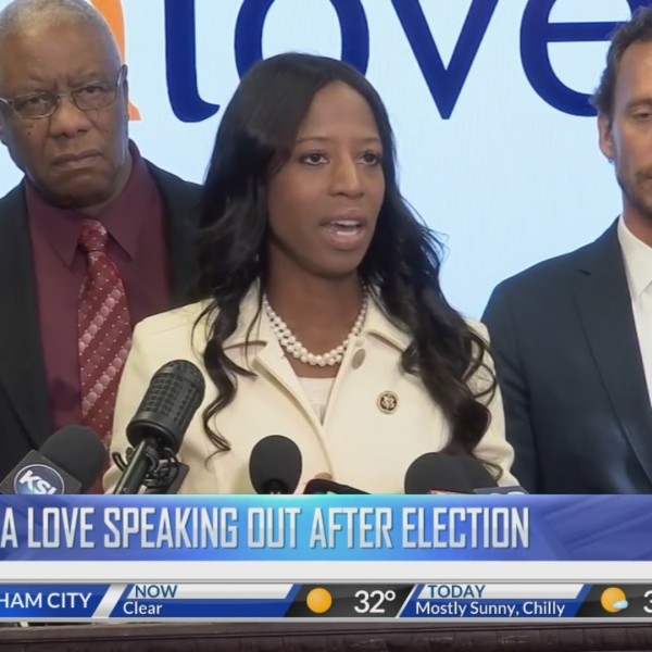 Mia_Love_speaks_publicly_for_the_first_t_0_20181126181524