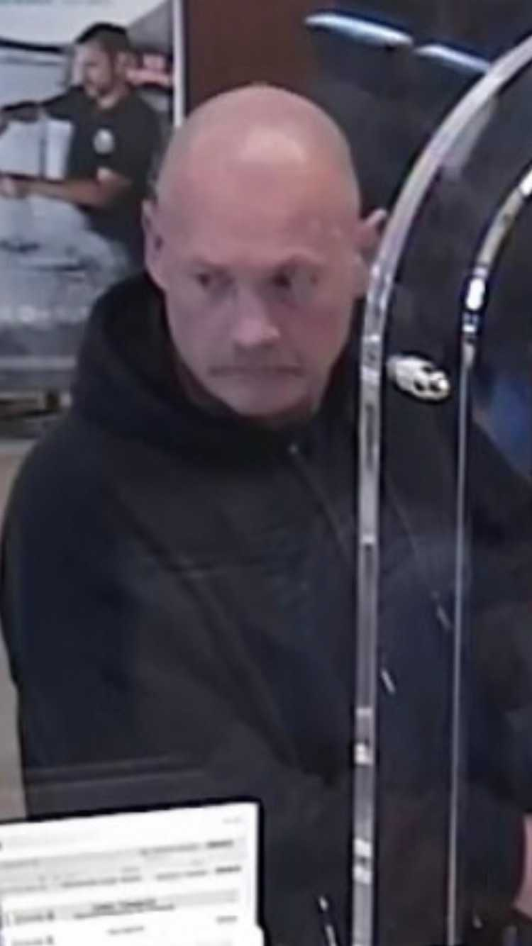 ssl_bank_robbery_suspect.jpg