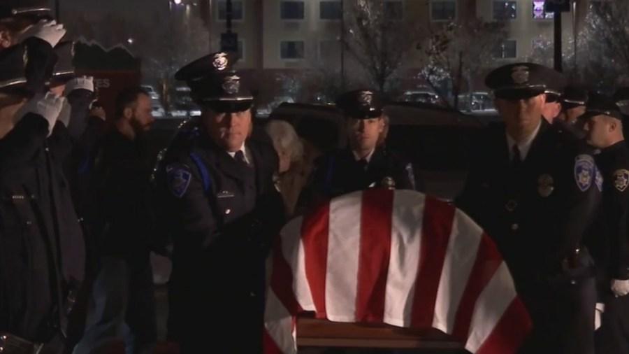 Officer_Romrell_funeral_draws_hundreds_0_20181206001714