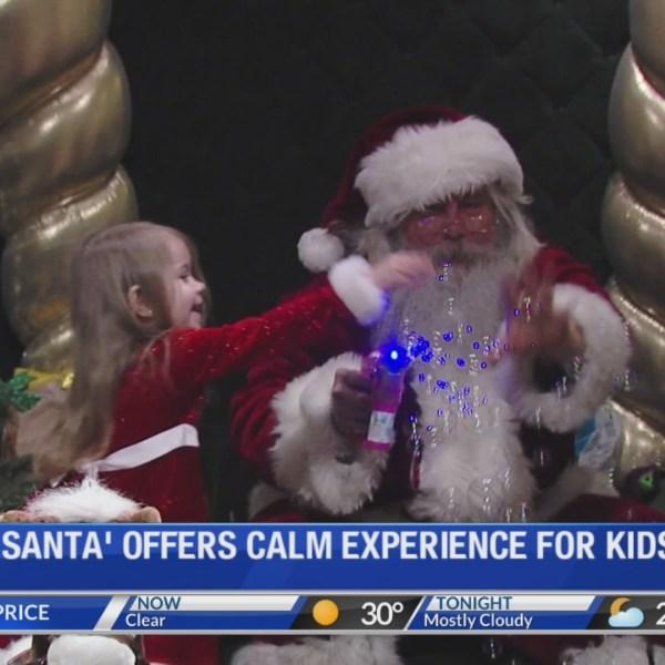 _Quiet_Santa__provides_calm_experience_f_0_20181207025224