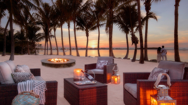 Bungalows-bungalows-beachsunsetfirepit-img-5a26c595d941d_1553545544003_79132520_ver1.0_640_360_1553609153861.jpg